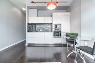 "Photo 9: 703 123 W 1 Avenue in Vancouver: False Creek Condo for sale in ""Compass"" (Vancouver West)  : MLS®# R2404404"