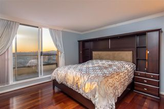 """Photo 12: 3202 2138 MADISON Avenue in Burnaby: Brentwood Park Condo for sale in """"MOSAIC AT THE RENAISSANCE"""" (Burnaby North)  : MLS®# R2413600"""