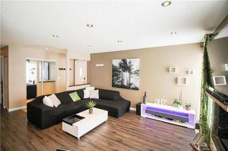 Photo 2: 1234 Devonshire Drive West in Winnipeg: Kildonan Meadows Residential for sale (3K)  : MLS®# 202003385