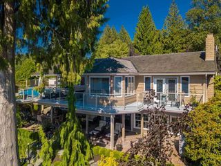 """Photo 14: 9839 HALL Street in Mission: Mission-West House for sale in """"Silvermere Lakefront"""" : MLS®# R2437429"""