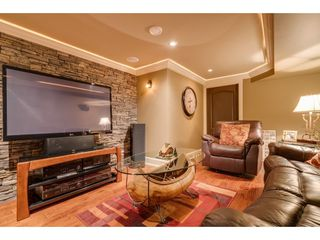 """Photo 11: 9839 HALL Street in Mission: Mission-West House for sale in """"Silvermere Lakefront"""" : MLS®# R2437429"""