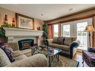 """Photo 2: 9839 HALL Street in Mission: Mission-West House for sale in """"Silvermere Lakefront"""" : MLS®# R2437429"""