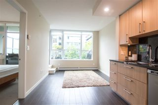 "Photo 10: 356 108 W 1ST Avenue in Vancouver: False Creek Condo for sale in ""WALL CENTRE"" (Vancouver West)  : MLS®# R2455556"