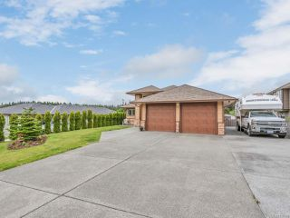 Photo 2: 711 Gemsbok Dr in CAMPBELL RIVER: CR Campbell River Central House for sale (Campbell River)  : MLS®# 839968