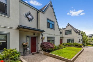 """Main Photo: 24 888 W 16 Street in North Vancouver: Mosquito Creek Townhouse for sale in """"Tobruck Gardens"""" : MLS®# R2472821"""