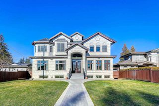 Main Photo: 1055 COTTONWOOD Avenue in Coquitlam: Central Coquitlam House for sale : MLS®# R2499886