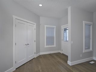 Photo 3: 15644 15 Avenue in Edmonton: Zone 56 House for sale : MLS®# E4218099