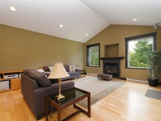 Photo 5: 3076 Sarah Dr in : Sk Otter Point House for sale (Sooke)  : MLS®# 858419