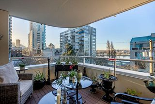 "Main Photo: 304 1406 HARWOOD Street in Vancouver: West End VW Condo for sale in ""Julia Court"" (Vancouver West)  : MLS®# R2532168"
