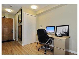 Photo 5: 105 288 E 14TH Avenue in Vancouver: Mount Pleasant VE Condo for sale (Vancouver East)  : MLS®# V933950