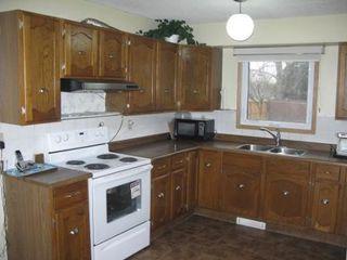 Photo 3: Wonderful 4 Bedroom Two Storey