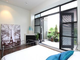 "Photo 8: 22 2156 W 12TH Avenue in Vancouver: Kitsilano Condo for sale in ""THE METRO"" (Vancouver West)  : MLS®# V960389"