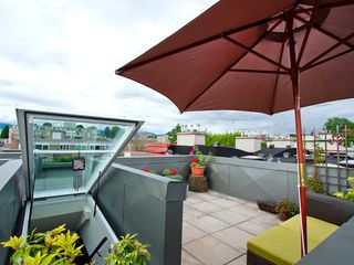 "Photo 4: 22 2156 W 12TH Avenue in Vancouver: Kitsilano Condo for sale in ""THE METRO"" (Vancouver West)  : MLS®# V960389"