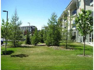 Photo 8: 116 69 SPRINGBOROUGH Court SW in CALGARY: Springbank Hill Condo for sale (Calgary)  : MLS®# C3578183