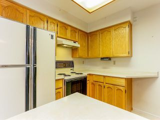 Photo 8: # 212 13959 16TH AV in Surrey: Sunnyside Park Surrey Condo for sale (South Surrey White Rock)  : MLS®# F1403422