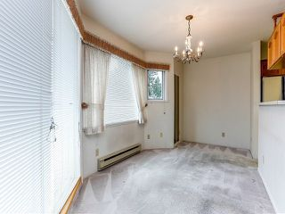 Photo 4: # 212 13959 16TH AV in Surrey: Sunnyside Park Surrey Condo for sale (South Surrey White Rock)  : MLS®# F1403422