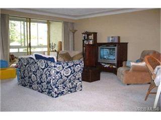 Photo 2:  in VICTORIA: SE Quadra Condo for sale (Saanich East)  : MLS®# 397191