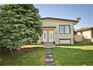 Main Photo: 7303 & 7301 37 Avenue NW in CALGARY: Bowness Duplex Side By Side for sale (Calgary)  : MLS®# C3625373