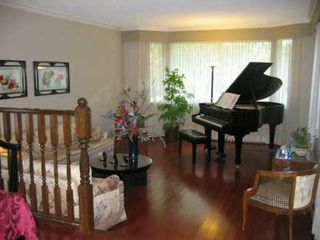 Photo 2: 3630 LYNNDALE CR in Burnaby: Government Road House for sale (Burnaby North)  : MLS®# V604962