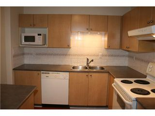 Photo 6: # 11 220 TENTH ST in New Westminster: Uptown NW Condo for sale : MLS®# V1066602