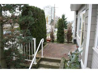 Photo 2: # 11 220 TENTH ST in New Westminster: Uptown NW Condo for sale : MLS®# V1066602