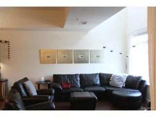 Photo 2: 115 340 Waterfront Drive in Winnipeg: Central Winnipeg Townhouse for sale : MLS®# 1504942