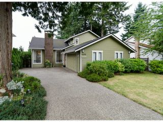 Photo 3: 14306 16A AV in Surrey: Sunnyside Park Surrey House for sale (South Surrey White Rock)  : MLS®# F1420330