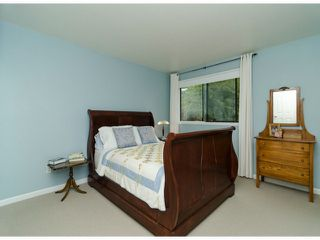 Photo 12: 14306 16A AV in Surrey: Sunnyside Park Surrey House for sale (South Surrey White Rock)  : MLS®# F1420330