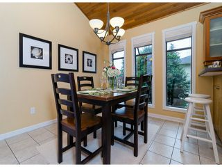 Photo 5: 14306 16A AV in Surrey: Sunnyside Park Surrey House for sale (South Surrey White Rock)  : MLS®# F1420330