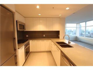 Photo 3: # 3602 4880 BENNETT ST in Burnaby: Metrotown Condo for sale (Burnaby South)  : MLS®# V1127586