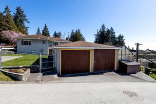 Photo 20: 8083 GRAY AVENUE in Burnaby: South Slope House for sale (Burnaby South)  : MLS®# R2352305