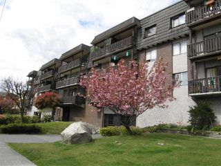 """Photo 1: 107 170 E 3RD. Street in North Vancouver: Lower Lonsdale Condo for sale in """"Bristol Court"""" : MLS®# R2394183"""