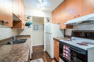 """Photo 2: 107 170 E 3RD. Street in North Vancouver: Lower Lonsdale Condo for sale in """"Bristol Court"""" : MLS®# R2394183"""