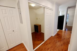 "Photo 4: 206 2133 DUNDAS Street in Vancouver: Hastings Condo for sale in ""Harbourgate"" (Vancouver East)  : MLS®# R2395295"