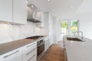 Photo 4: 205 3230 CONNAUGHT Crescent in North Vancouver: Edgemont Condo for sale : MLS®# R2401757