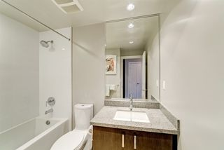 """Photo 12: 2102 3008 GLEN Drive in Coquitlam: North Coquitlam Condo for sale in """"M2 by Cressey"""" : MLS®# R2403758"""