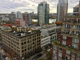 """Photo 4: 1303 1155 HOMER Street in Vancouver: Yaletown Condo for sale in """"City Crest"""" (Vancouver West)  : MLS®# R2412766"""