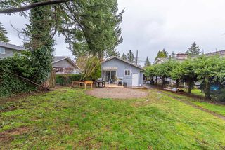 """Photo 18: 2323 LOBBAN Road in Abbotsford: Central Abbotsford House for sale in """"DOWNTOWN ABBOTSFORD"""" : MLS®# R2436328"""