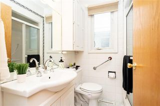 Photo 17: 124 Donegal Bay in Winnipeg: Morse Place Residential for sale (3B)  : MLS®# 202006724