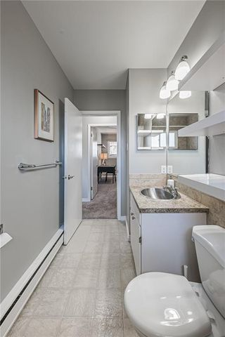 Photo 14: 611 75 Avenue SW in Calgary: Kingsland Detached for sale : MLS®# C4296092