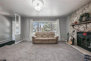 Photo 7: 611 75 Avenue SW in Calgary: Kingsland Detached for sale : MLS®# C4296092
