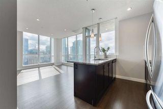 Photo 2: 1901 10238 103 Street in Edmonton: Zone 12 Condo for sale : MLS®# E4200836