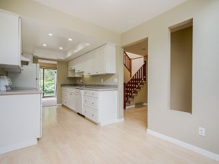 """Photo 8: 4713 GLENWOOD Avenue in North Vancouver: Canyon Heights NV Townhouse for sale in """"Montroyal Village"""" : MLS®# R2464484"""