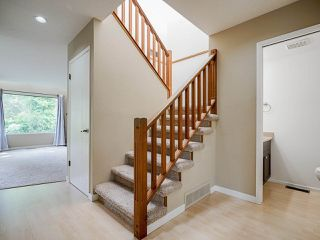 """Photo 5: 4713 GLENWOOD Avenue in North Vancouver: Canyon Heights NV Townhouse for sale in """"Montroyal Village"""" : MLS®# R2464484"""