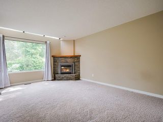 """Photo 12: 4713 GLENWOOD Avenue in North Vancouver: Canyon Heights NV Townhouse for sale in """"Montroyal Village"""" : MLS®# R2464484"""