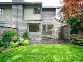 """Photo 32: 4713 GLENWOOD Avenue in North Vancouver: Canyon Heights NV Townhouse for sale in """"Montroyal Village"""" : MLS®# R2464484"""