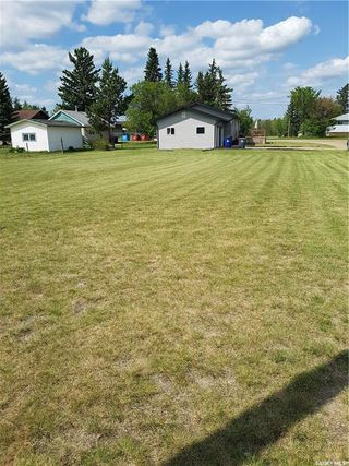 Photo 3: 357 3rd Street in Leoville: Residential for sale : MLS®# SK812815