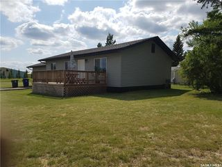 Photo 2: 357 3rd Street in Leoville: Residential for sale : MLS®# SK812815