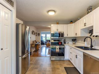 Photo 12: 22 2560 Wilcox Terr in Central Saanich: CS Tanner Row/Townhouse for sale : MLS®# 843974