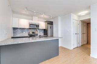 "Photo 6: 718 188 KEEFER Street in Vancouver: Downtown VE Condo for sale in ""188 KEEFER"" (Vancouver East)  : MLS®# R2480366"